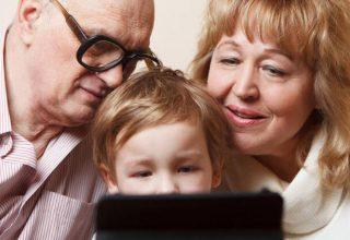 Aileler, çocuklarının isim ve fotoğraflarını sosyal medyada paylaşıyor